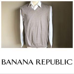 BANANA REPUBLIC Classic V Neck Sweater Vest Sz M